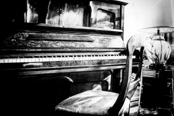 Piano Room, Italy