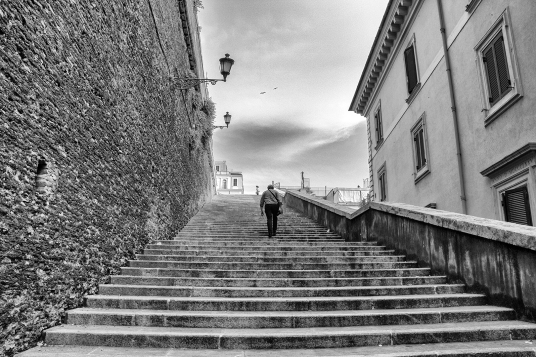 Up the Stairs, Italy